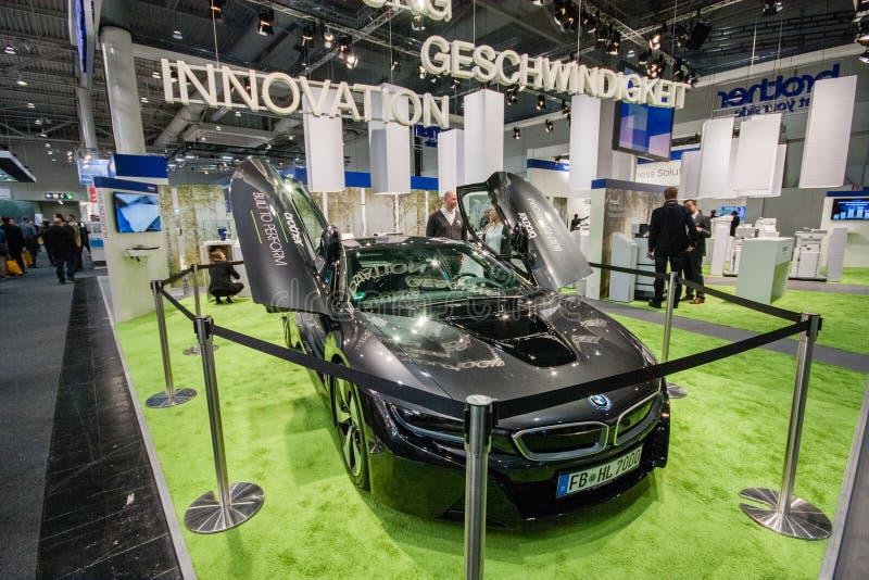 BMW-Auto im Stand der Bruderfirma bei CeBIT stockbild
