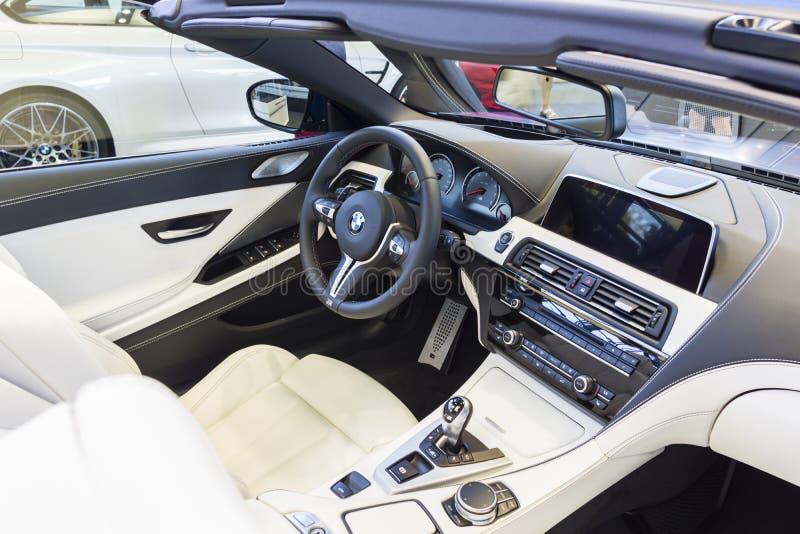 BMW-autobinnenland royalty-vrije stock afbeelding