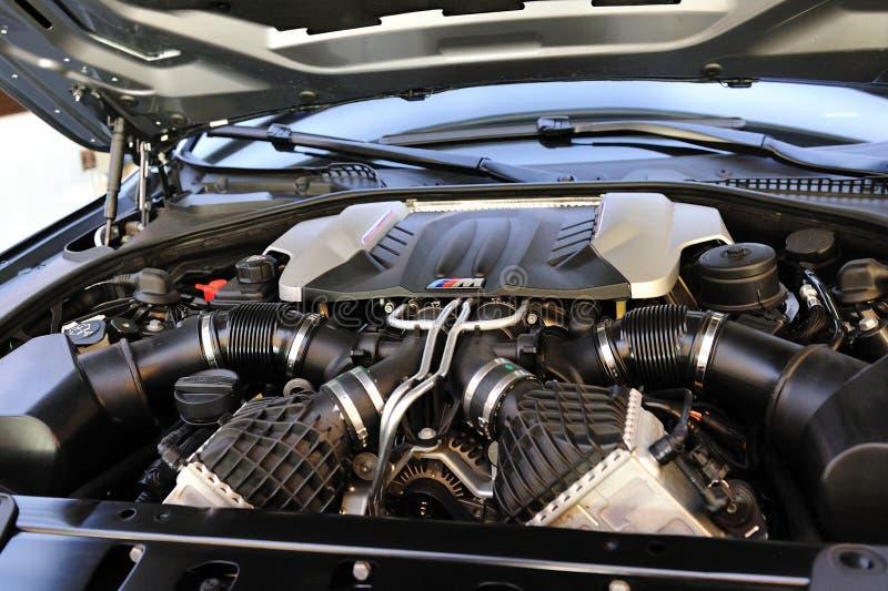 bmw-begreppsmotor m5 nya turbo tvilling- v8 royaltyfri fotografi