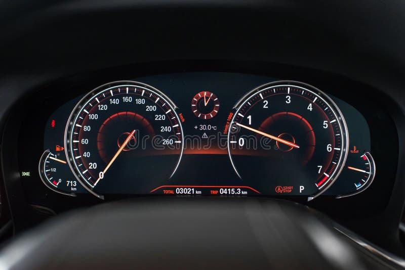 BMW Geschwindigkeitsmesser mit 7 Reihen stockfotografie