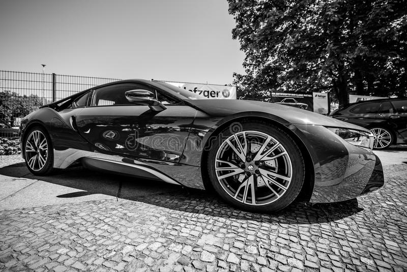 BMW i8 автомобиля спорт plug-in гибридный стоковые изображения rf
