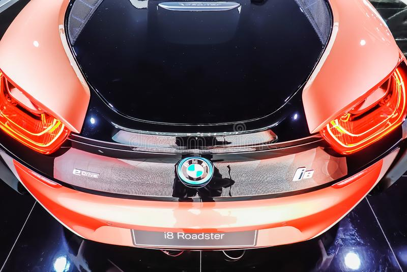BMW i8跑车跑车的背面图被陈列在第40个曼谷国际汽车展示会2019年在暖武里,泰国 图库摄影