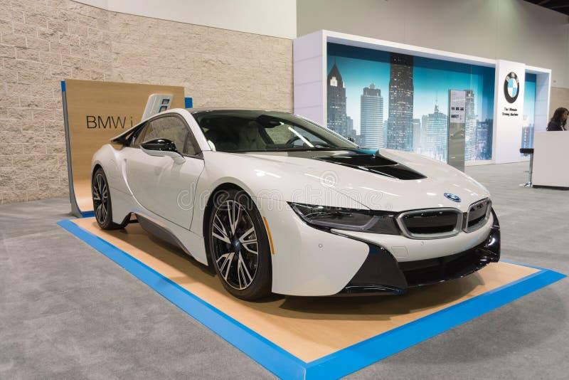 BMW i8 en la exhibición fotografía de archivo