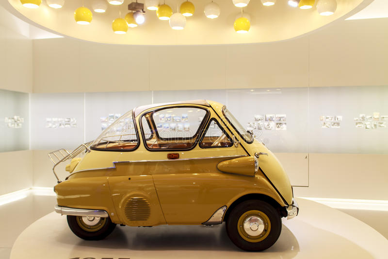 BMW 1955年Isetta在BMW博物馆, Munchen 库存照片