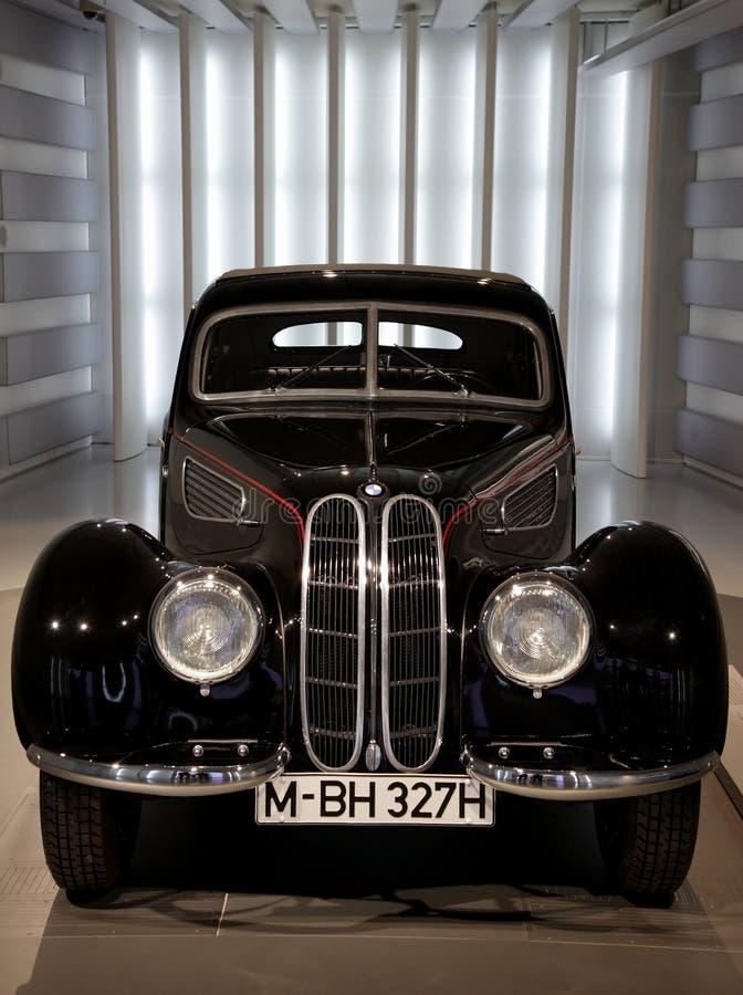 BMW-klassisches Luxuxauto lizenzfreie stockbilder