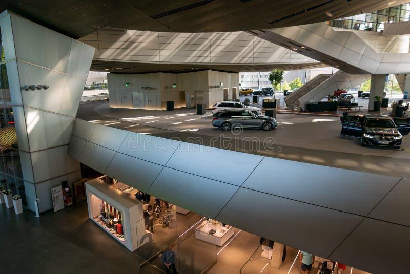 BMW-Wereld royalty-vrije stock afbeeldingen