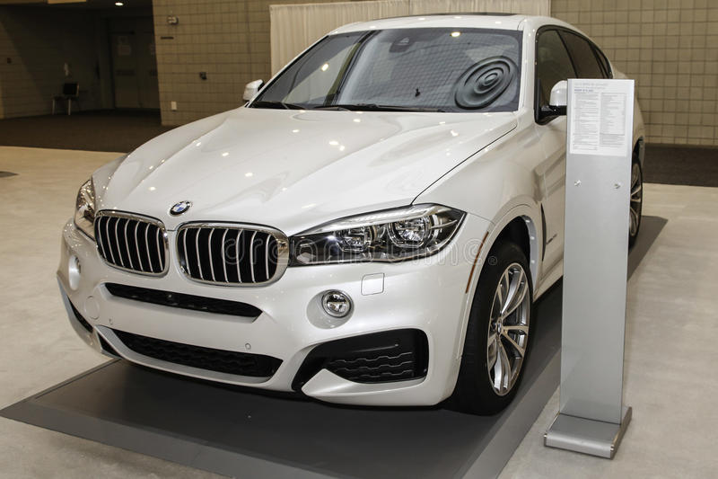 BMW x6 xDrive 50i zdjęcie royalty free