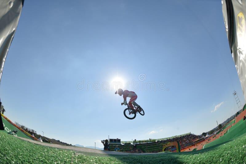 Download BMX 图库摄影片. 图片 包括有 循环, 重新创建, 面包渣, 比赛, janeiro, 自行车骑士 - 103625427