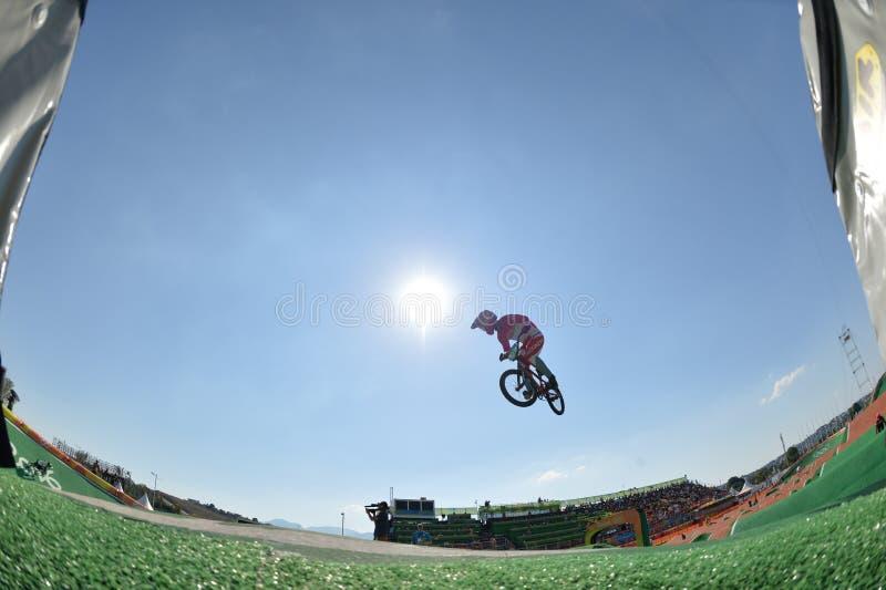 Download BMX 编辑类库存照片. 图片 包括有 骑自行车的人, 比赛, 竞争, 白天, 赛跑, 自行车骑士, 面包渣 - 103625438