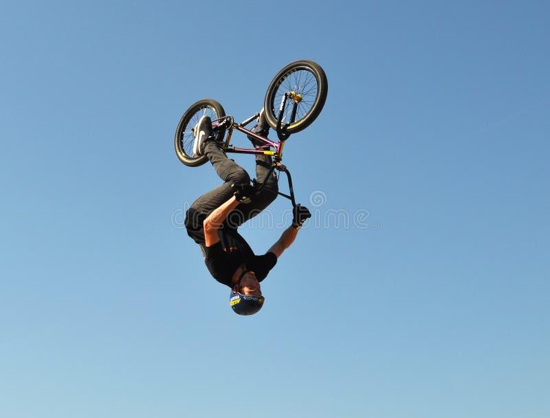 BMX-backflip royaltyfri foto