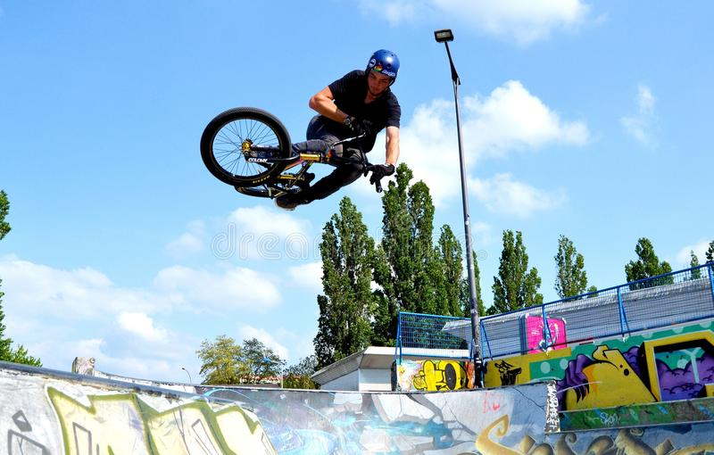 BMX-luchtheup stock afbeelding
