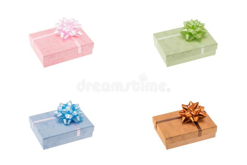 Boîte-cadeau réglés d'isolement au-dessus du blanc photos stock