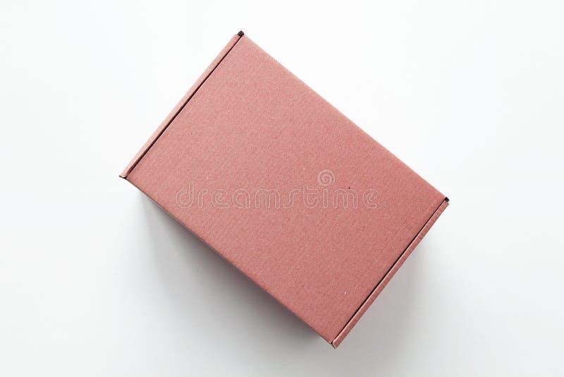 boîte-cadeau rose de carton images stock