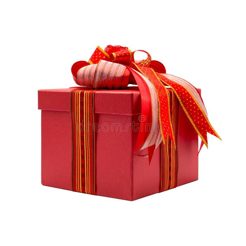 Boîte-cadeau rouge avec l'arc coloré photo stock