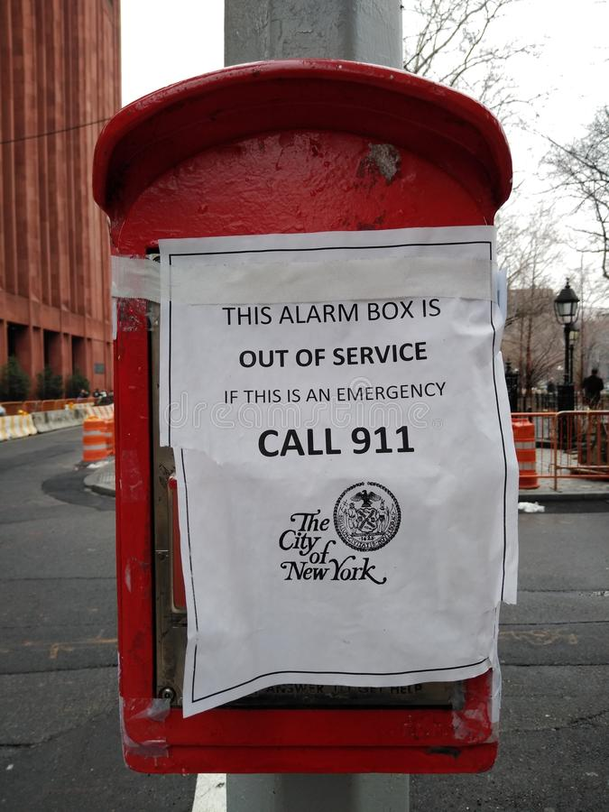 Boîte d'alarme, hors service, urgence, appel 911, ville de New-York, Greenwich Village, NYC, NY, Etats-Unis images libres de droits