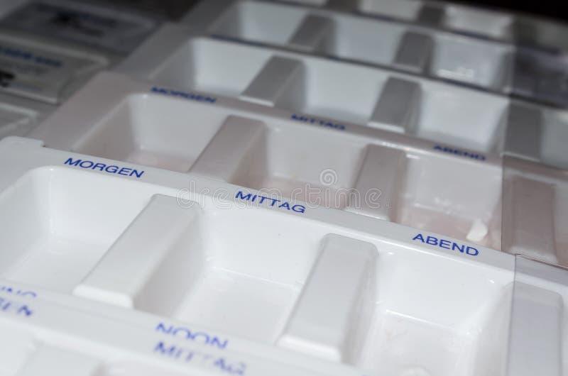 Boîte de médicaments images stock