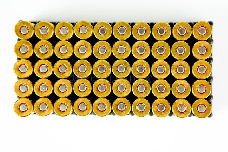 Boîte de 50 morceaux de 9 millimètres de munitions de pistolet - vue supérieure images libres de droits
