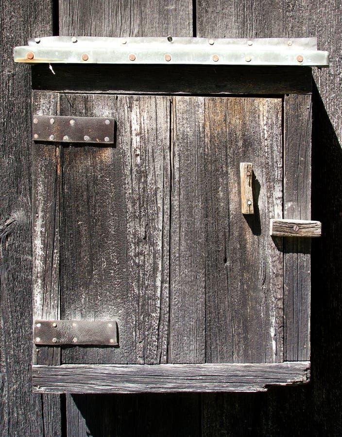 Boîte de rangement en bois de grange photographie stock