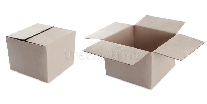 Boîte en carton sur le blanc. ouvert et fermé image libre de droits