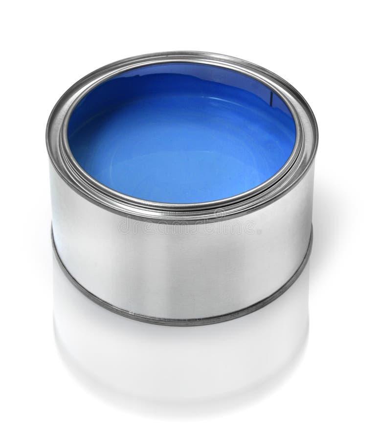 Boîte en fer blanc de peinture bleue images stock