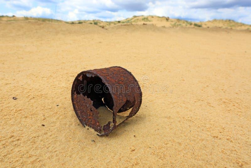 Boîte rouillée cassée photo libre de droits