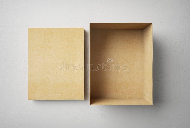 Boîte vide, avec le chapeau photographie stock