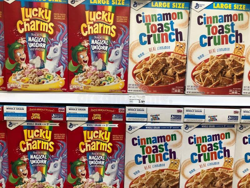 Boîtes à céréale de petit déjeuner photographie stock