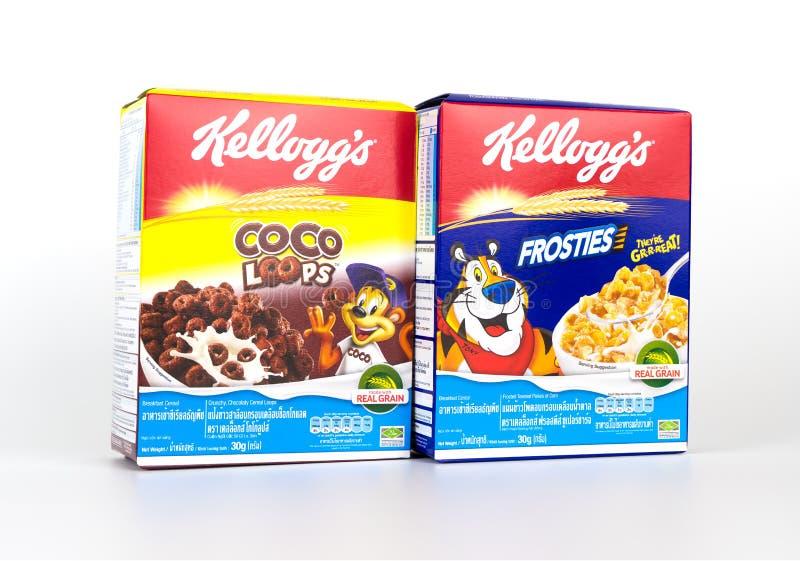 boîtes de céréale de petit déjeuner du ` s de Kellogg d'isolement images libres de droits