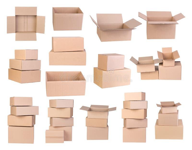 Boîtes en carton d'isolement sur le fond blanc image libre de droits