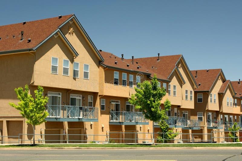 Boîtier générique moderne de condominium photos libres de droits