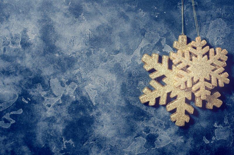 Boże Narodzenia i nowego roku płatek śniegu złota dekoracja obrazy stock