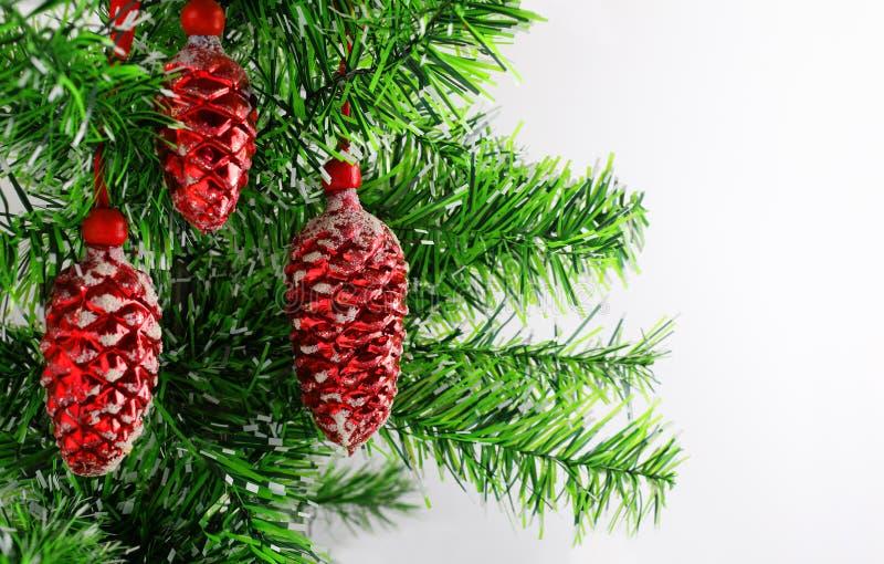 Boże Narodzenia lub nowego roku tło z dekoracją xmas drzewa i rocznika szkła Wesoło kartka bożonarodzeniowa Zima wakacje temat Sz obraz stock