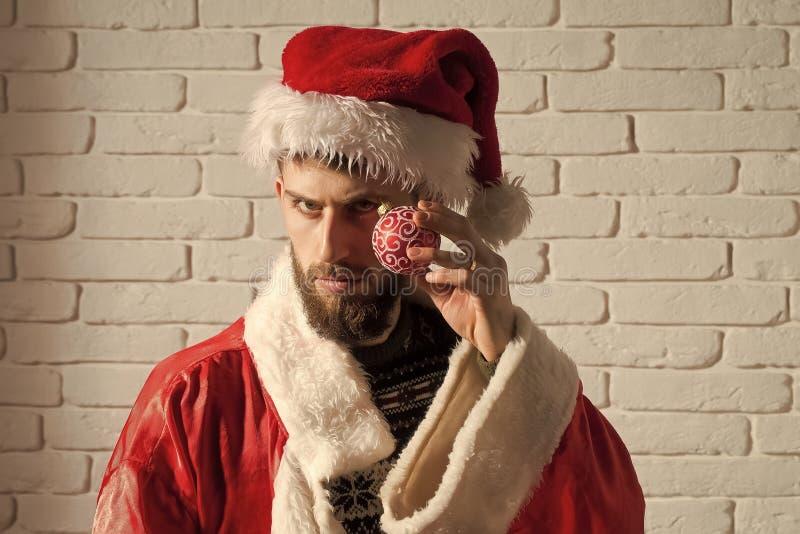 Boże Narodzenia obsługują w Santa Claus chwyta dekoracji kapeluszowej zabawce fotografia royalty free
