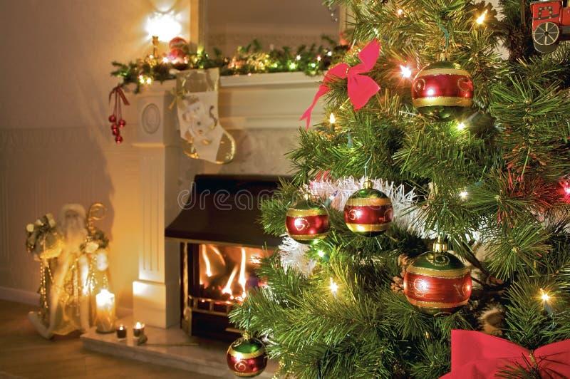 boże narodzenia stwarzać ognisko domowe drzewa obrazy stock