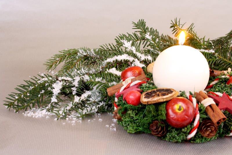 Boże Narodzenia wreath z świeczką zdjęcie royalty free