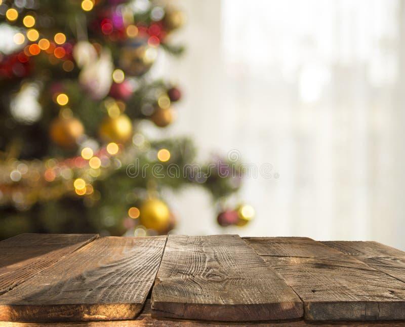 Boże Narodzenia zgłaszają tło z choinką z ostrości obrazy royalty free
