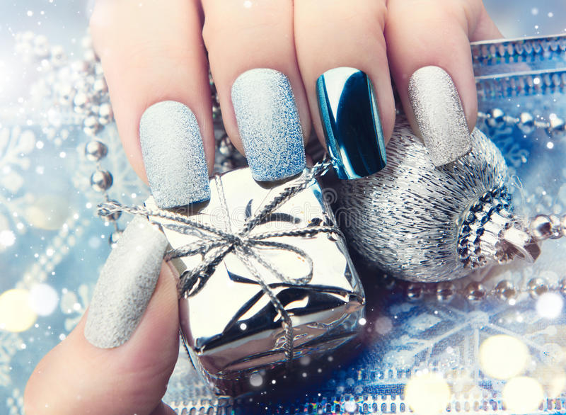 Boże Narodzenie gwoździa sztuki manicure'u pomysł Zima wakacje manicure'u projekt obraz royalty free