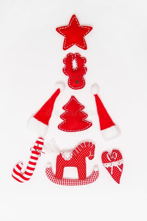 Boże Narodzenie ornamentów dekoracj bielu czerwony tło zdjęcia stock