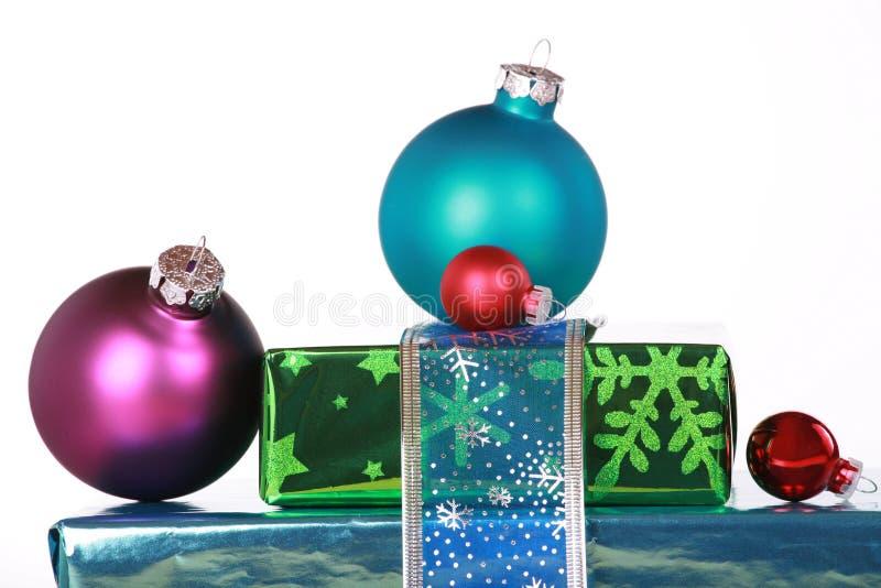 boże narodzenie ornamentów teraźniejszość obraz royalty free