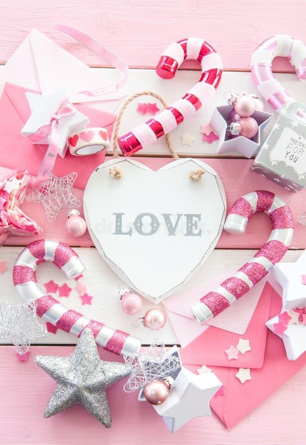 Boże Narodzenie różowe dekoracje zdjęcia stock