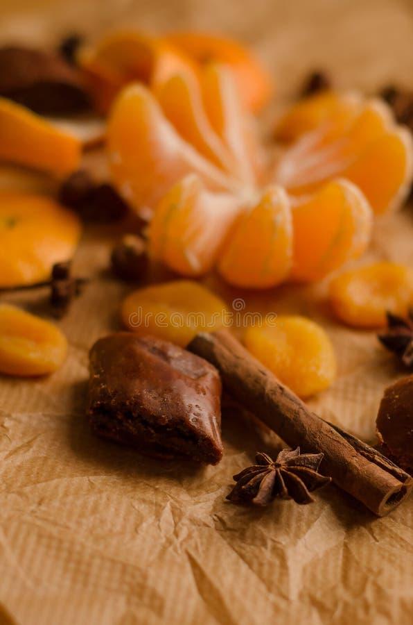 bożego narodzenia pojęcie - mandarynka bez skóry fotografia stock