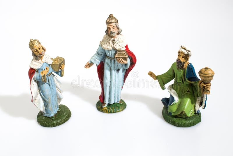 Bożenarodzeniowa dekoracja, narodzenie jezusa statuy królewiątek magi odizolowywający w w obrazy royalty free