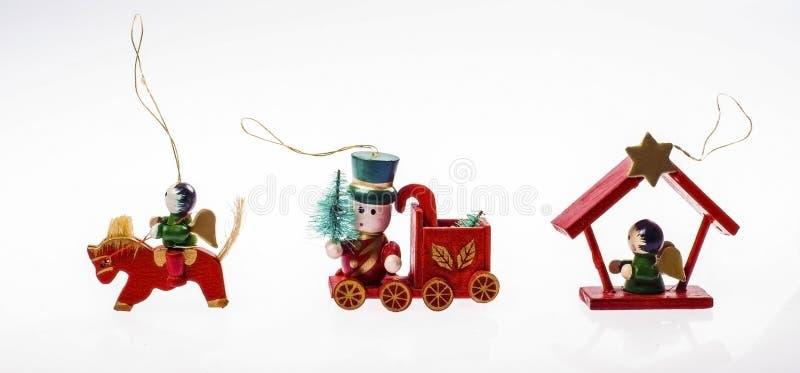 Bożenarodzeniowe czerwone drewniane zabawki zdjęcia stock