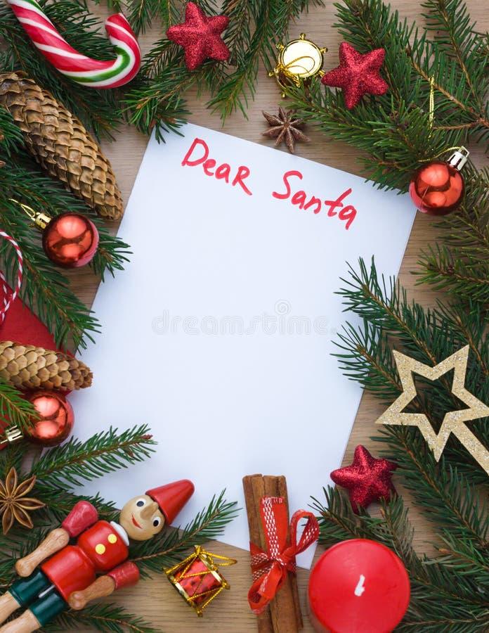 Bożenarodzeniowego nowego roku świąteczna rama z wakacyjną dekoracją Pojęcie list «Kochany Santa « obrazy stock