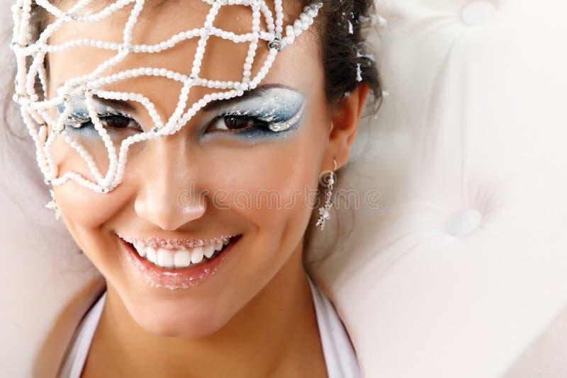 Bożenarodzeniowej młodej seksownej kobiety szczęśliwy ono uśmiecha się fotografia royalty free