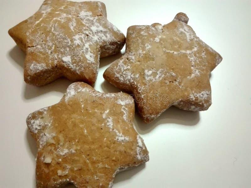 Bożenarodzeniowi ciastka w gwiazdowym kształcie zdjęcia stock