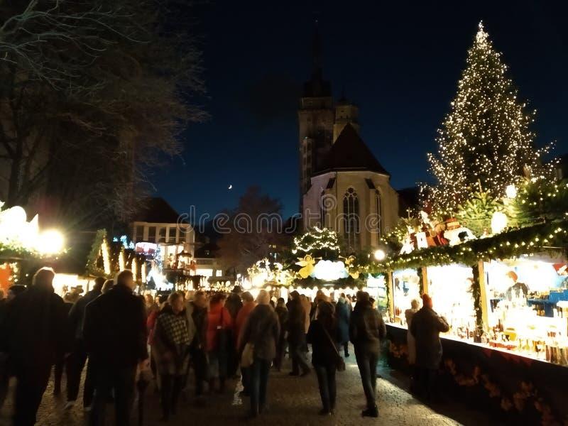 Bożenarodzeniowi rynki Stuttgart przy nocą Święta moje portfolio drzewna wersja nosicieli zdjęcie royalty free