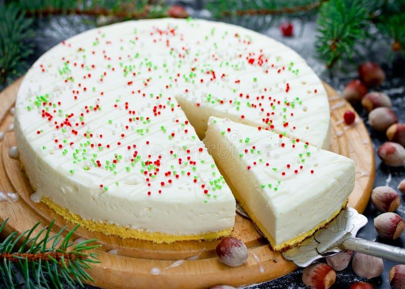 Bożenarodzeniowy biały czekoladowy tort z mascarpone Świąteczny Christma zdjęcia stock