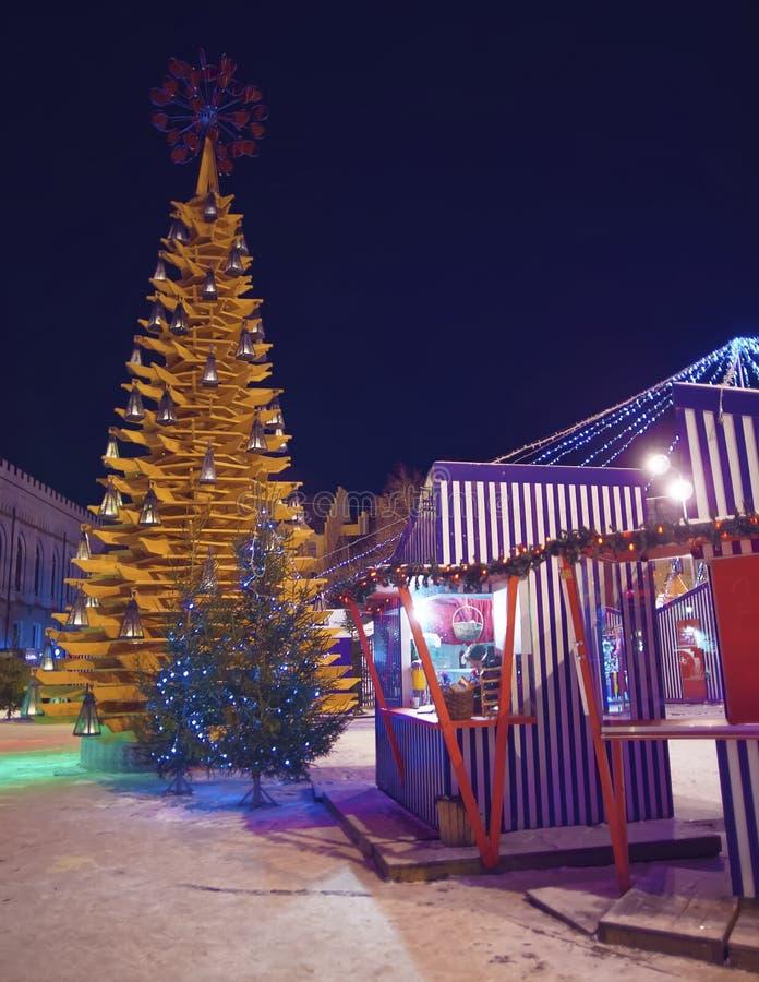 """Bożenarodzeniowy symbol i środowiskowa sztuka protestujemy """"Christmas drzewnych obraz royalty free"""