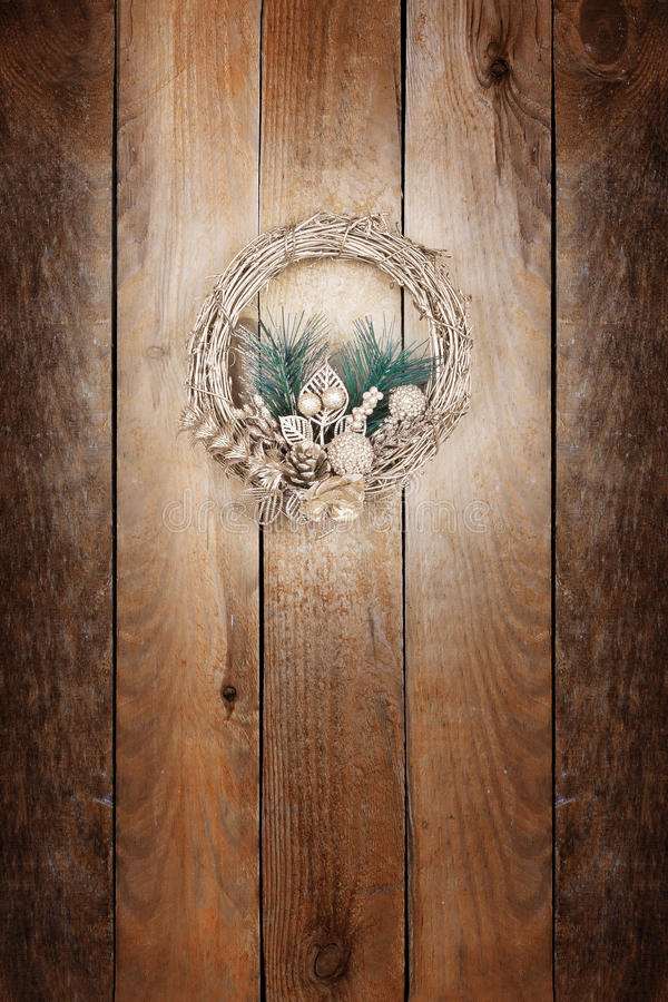 Bożenarodzeniowy złoty wianek zdjęcie stock